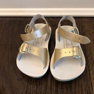 Salt Water girls sandals size 6